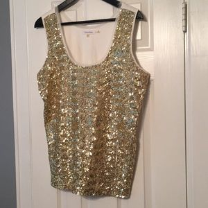 Perfect sequin top for your office party or date!